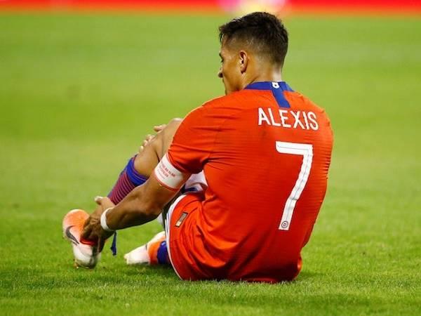 Tin HOT bóng đá 14/6: Alexis Sanchez lỡ vòng bảng Copa America 2021